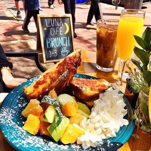 Luna Cafe Brunch